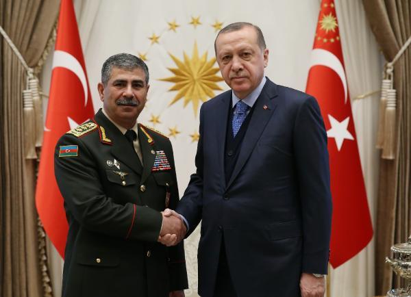 Azerbaycan Savunma Bakanı Zakir Hasanov Beştepe'de