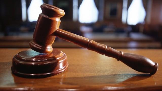 """Yargıtay, """"Ne biçim avukat, iş bilmiyor"""" sözünü hakaret saymadı"""