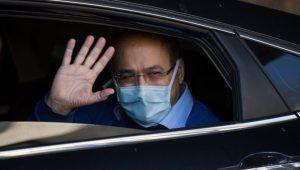Günün güzel haberi… Prof. Dr. Bülent Tutluoğlu corona virüsü yendi, taburcu edildi