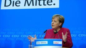 Angela Merkel'in koltuğuna kim oturacak?