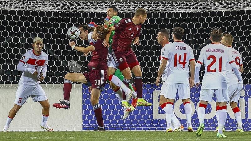Türkiye, deplasmanda Letonya'yı son anda yendi: 2-1