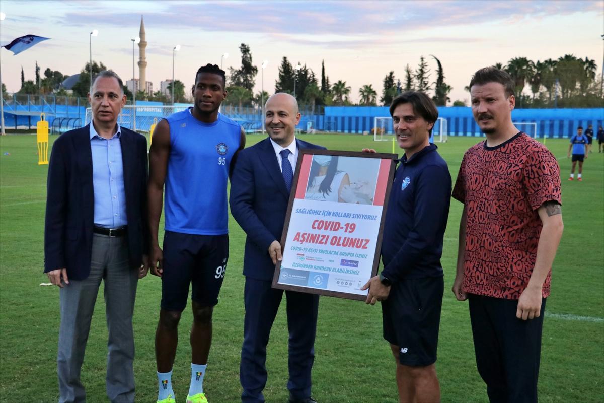 Adana Demirspor'dan Kovid-19'la mücadele için yürütülen aşılama kampanyasına destek