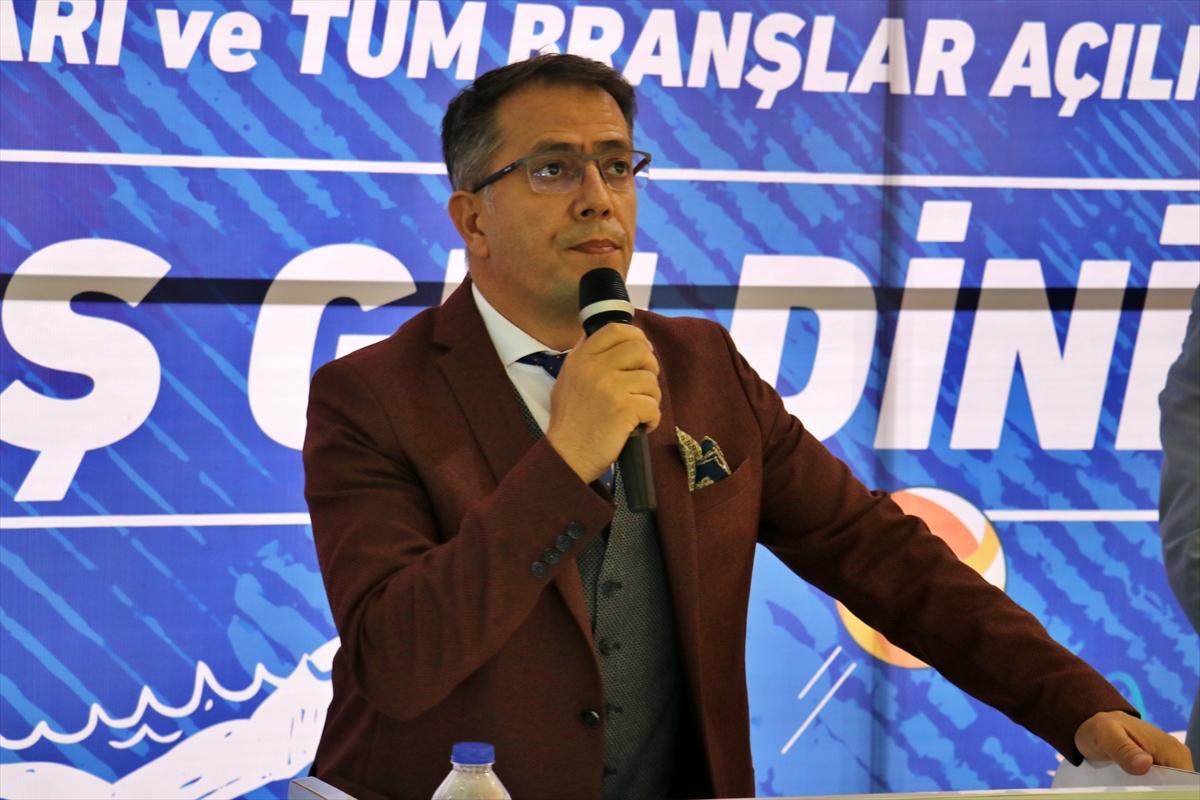Adana'da 2021-2022 amatör spor sezonu düzenlenen törenle başladı