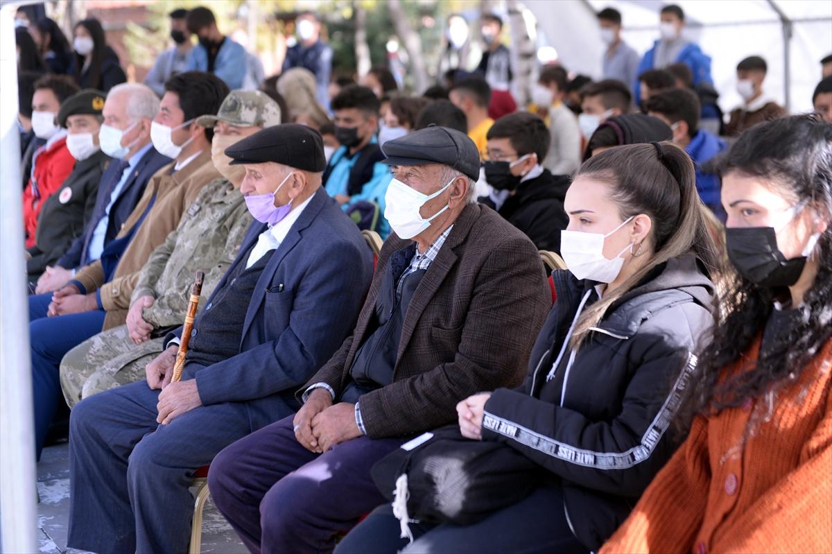 Ardahan'da 9. Kolordu Komutanlığına bağlı bando takımı konser verdi
