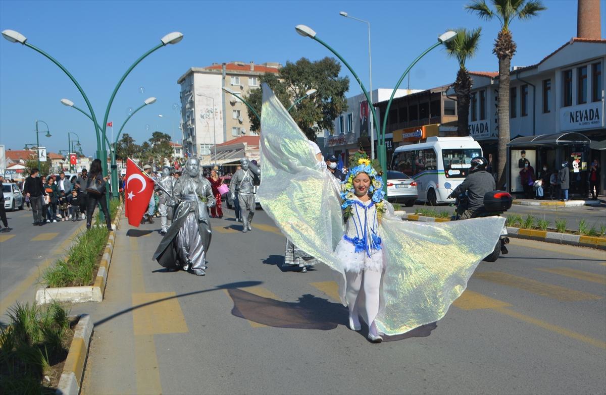 """Ayvalık'ta """"16. Uluslararası Zeytin Hasadı Festivali"""" gerçekleştirildi"""