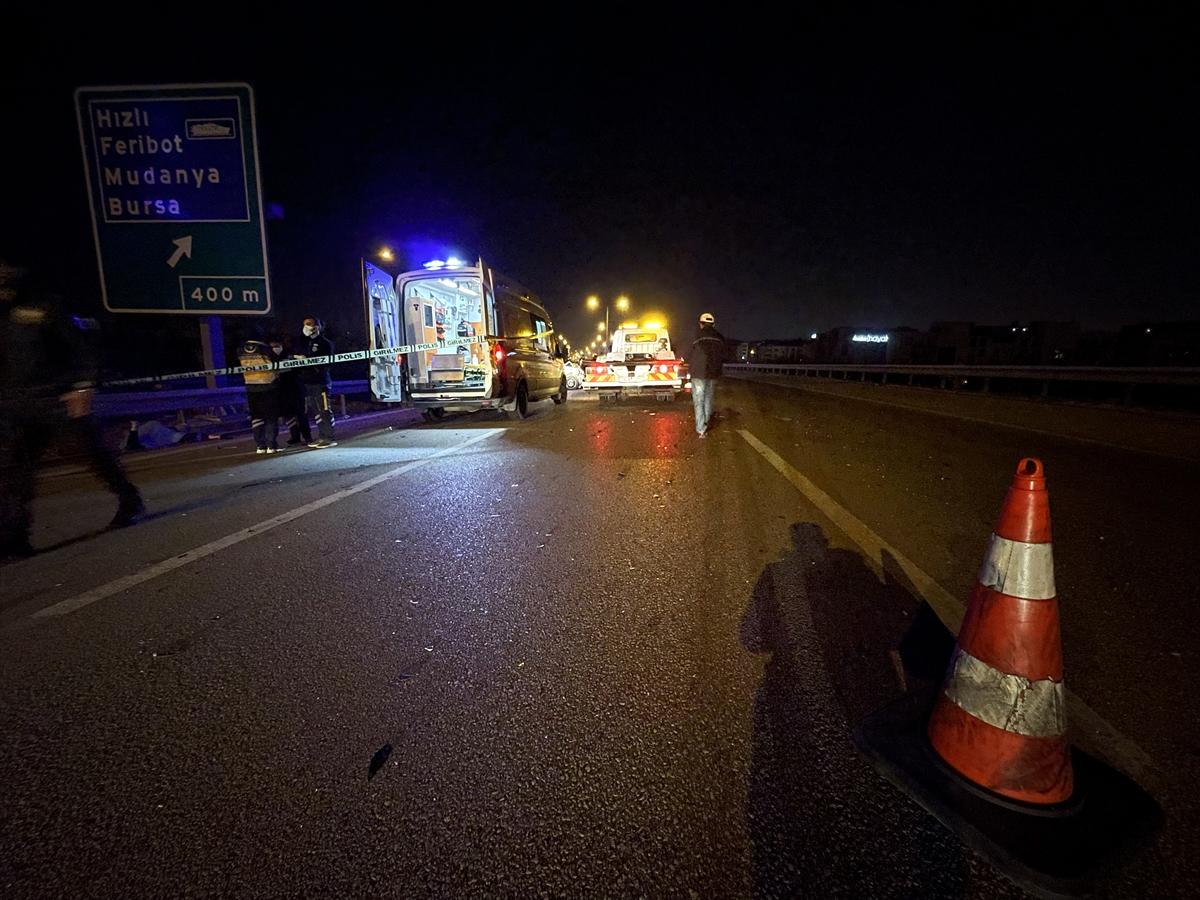 Bursa'da iki otomobilin çarpışması sonucu 1 kişi öldü