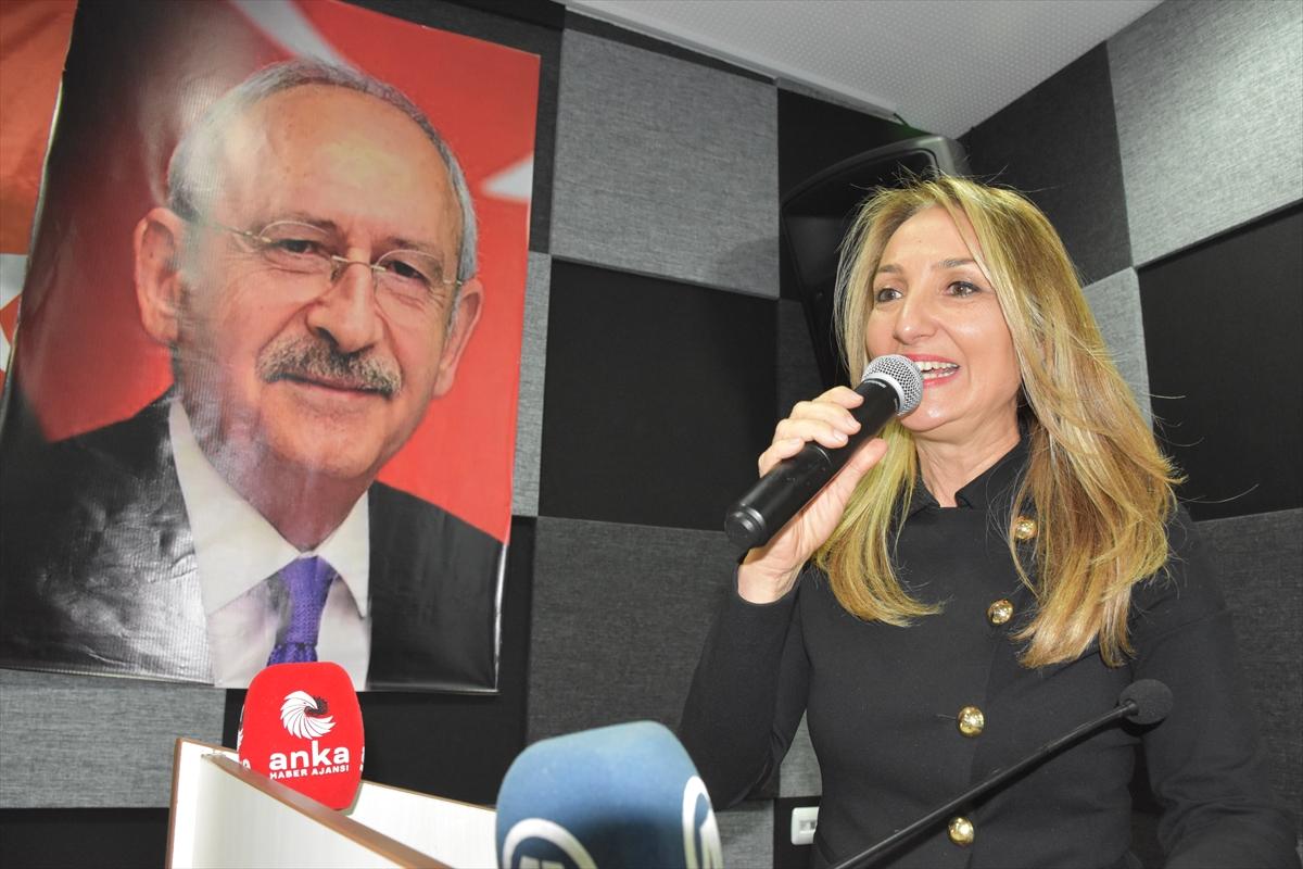 CHP Kadın Kolları Genel Başkanı Nazlıaka, Bilecik'te temaslarda bulundu