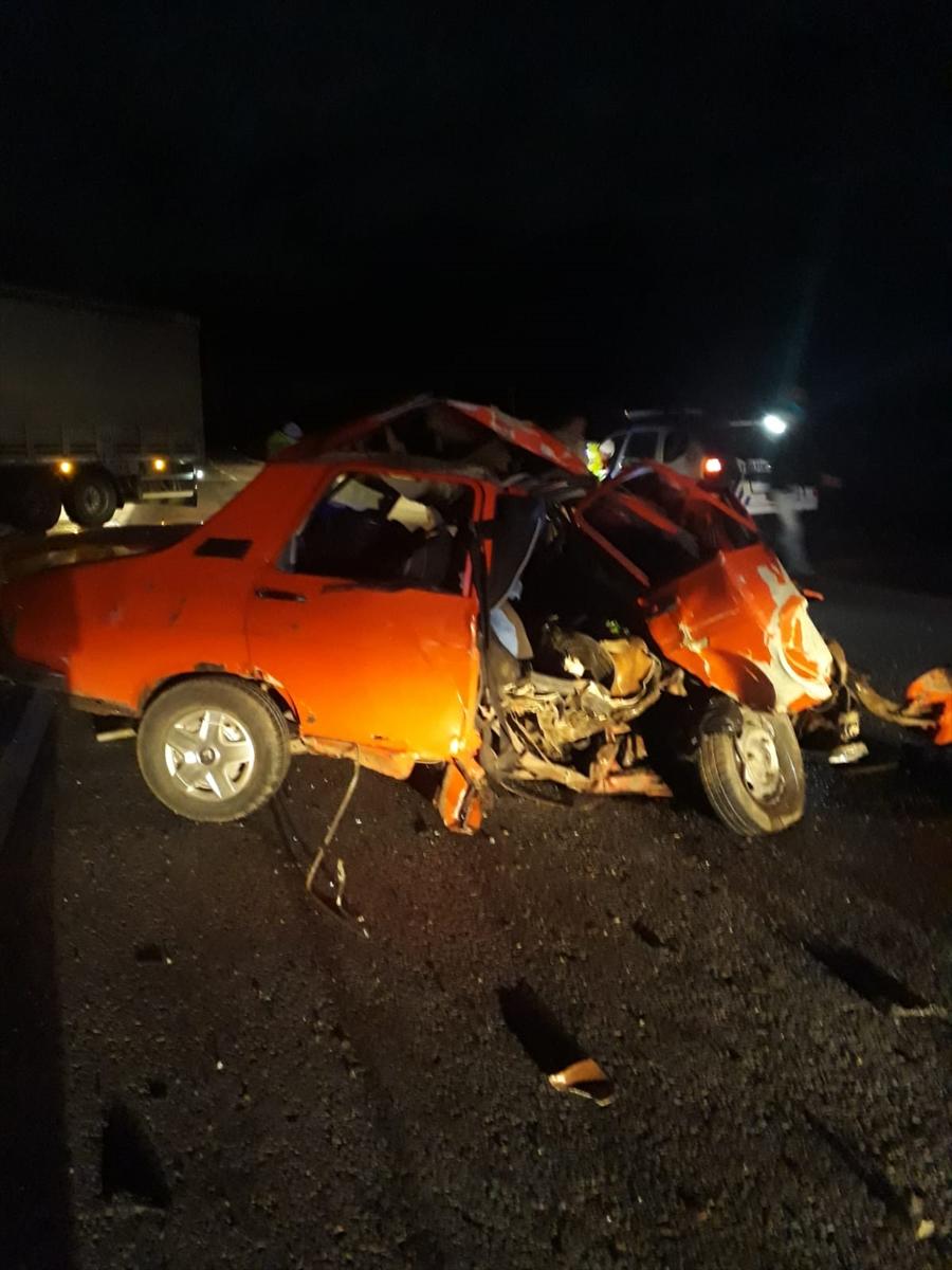 Erzincan'da otomobilin tırla çarpışması sonucu 1 kişi öldü