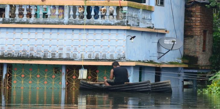 Hindistan'da sel felaketinde ölü sayısı 24'e yükseldi