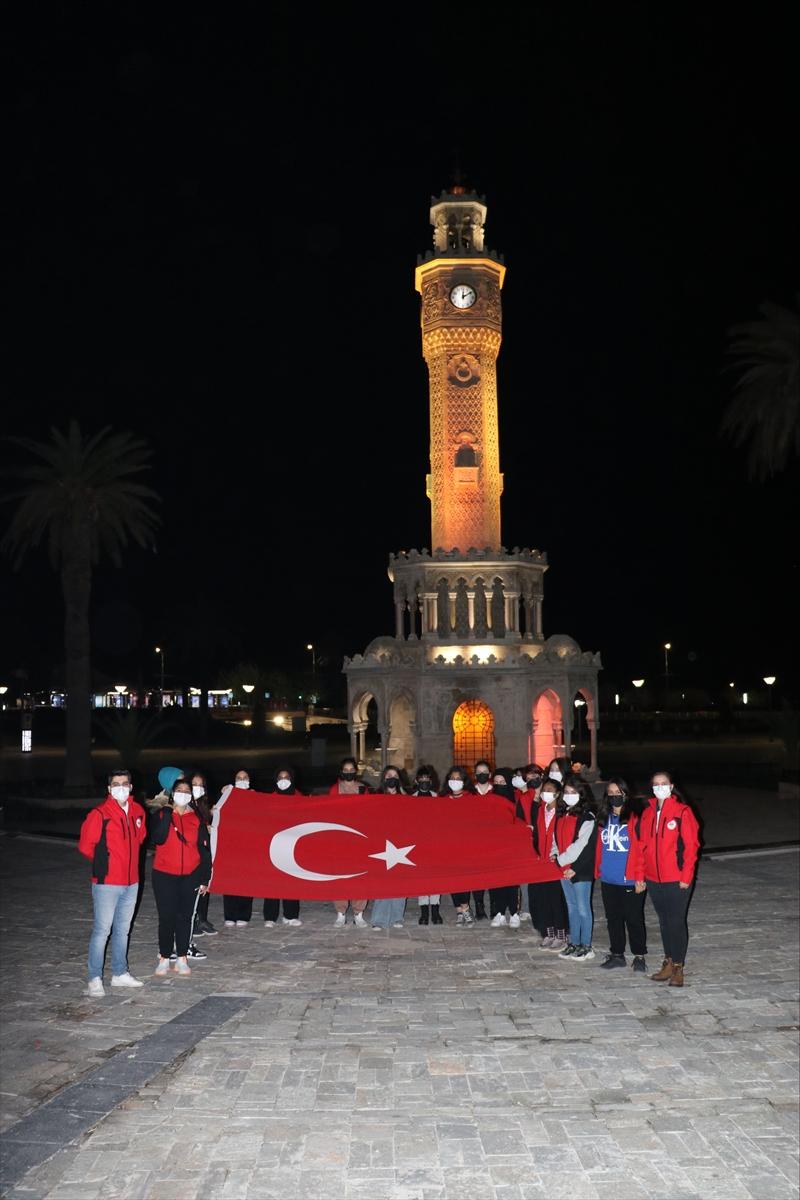 İzmir'de öğrenciler için Çanakkale ve Kurtuluş Savaşı'nın yaşandığı illere gezi düzenlendi