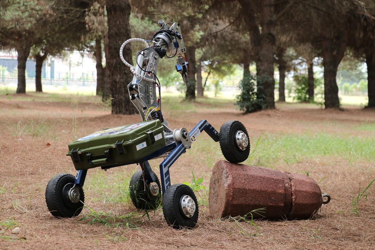 """Bravo… Üniversite öğrencileri insansız """"uzay keşif aracı"""" üretti"""