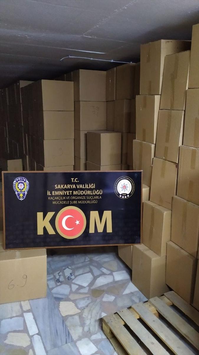 Sakarya'da kaçak 16 milyon 260 bin boş makaron ele geçirildi