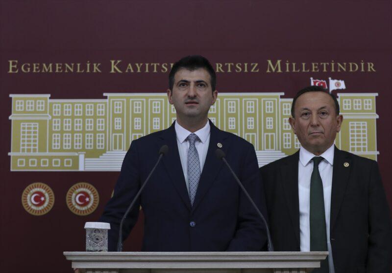 """Memleket Parti'li Çelebi: """"Atatürk'ün askeri olmak militer bir ifade değildir"""""""