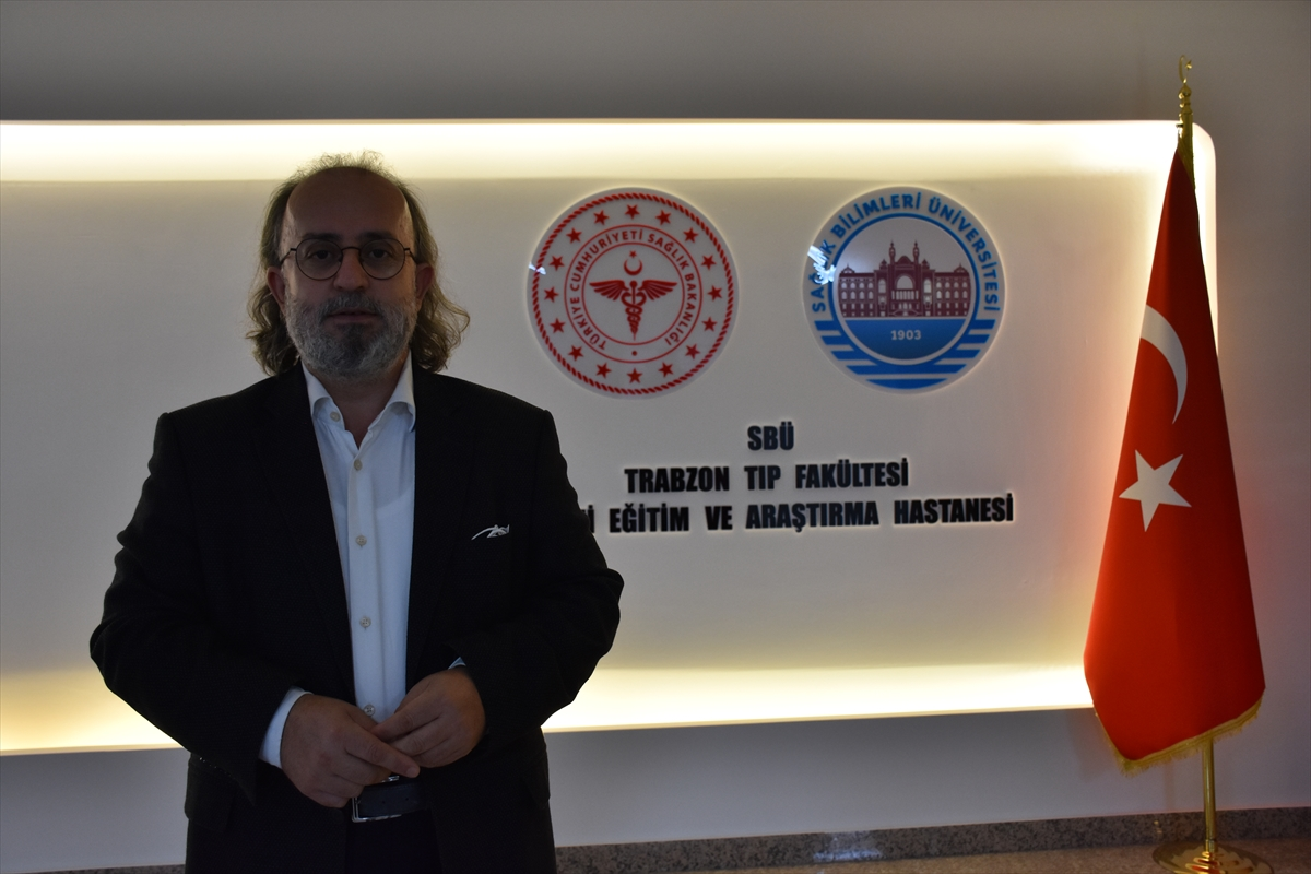 """Trabzon'da """"güzelavrat"""" otundan zehirlenen 2 kişi hastaneye kaldırıldı"""