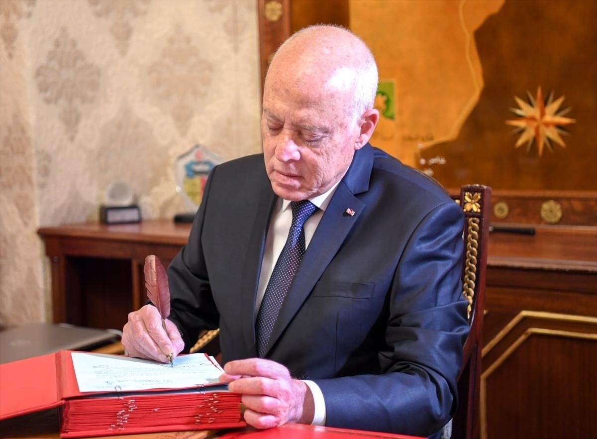 Tunus Cumhurbaşkanı Kays Said, 1221 mahkumu affetti