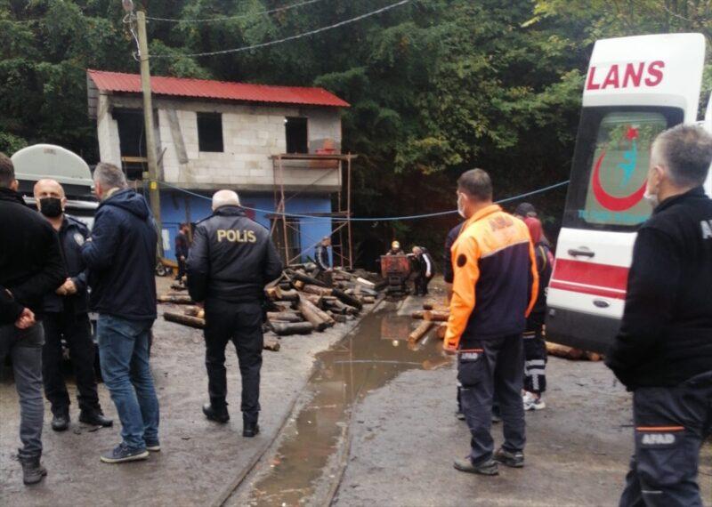 Zonguldak'ta ruhsatsız işletilen maden ocağında 3 işçi göçük altında kaldı